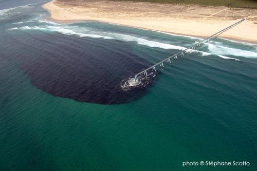 Rejets en mer puits for s droit dans le mur - Bassin baignade biologique bordeaux ...